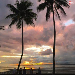 D. G. Calabrò: «Un tramonto a sigillare la mia prima settimana di lavoro alle Fiji».